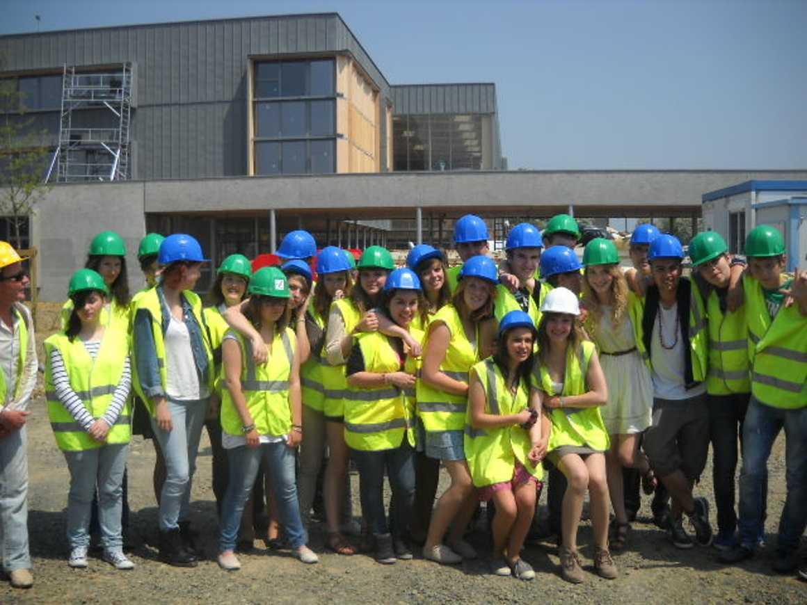 Les secondes 4 ont visité le nouveau collège de Chatelaudren 0