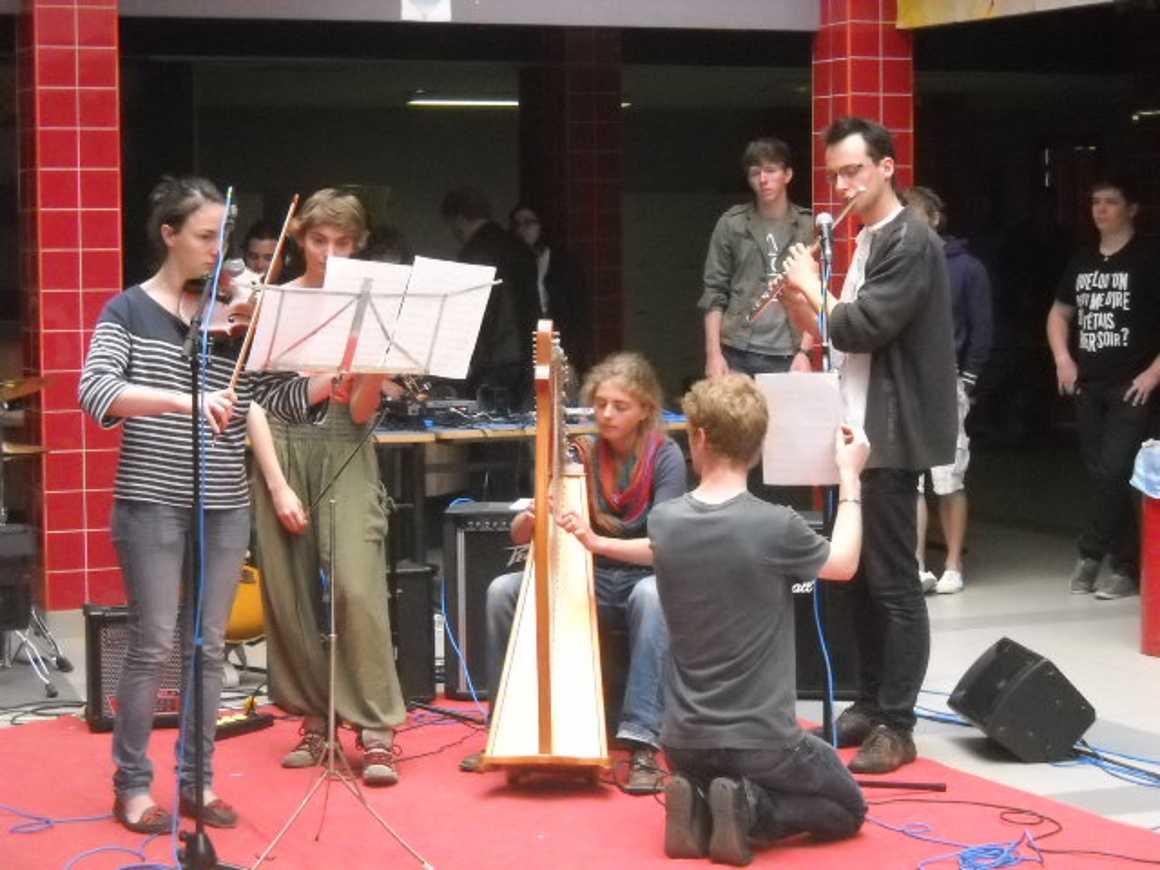Midi des talents 2012 : carton plein!! dscn2892