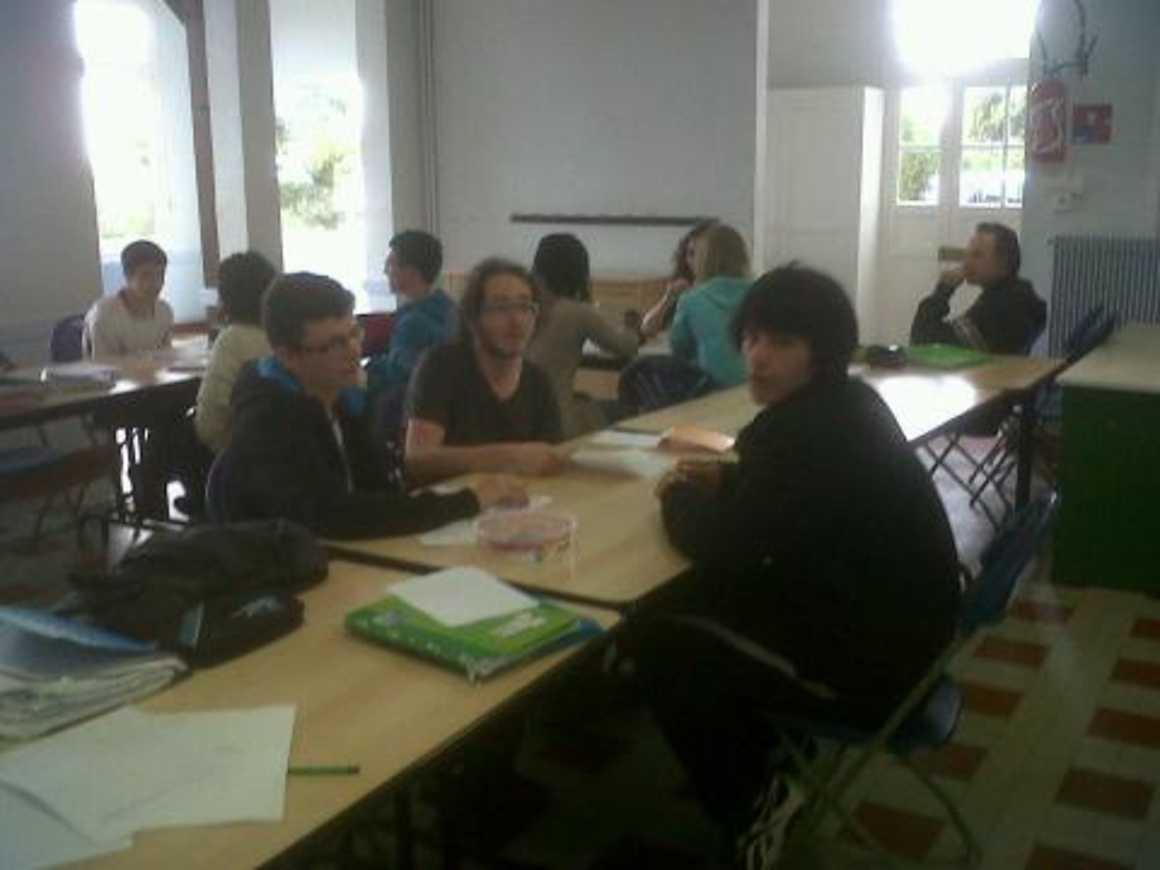 Les 1S1 en stage de révision à Caroual.. img00773-20120607-1115