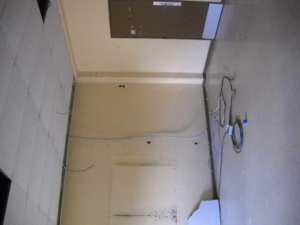 Préparation de la rénovation des salles C30 et C32 dscn29821