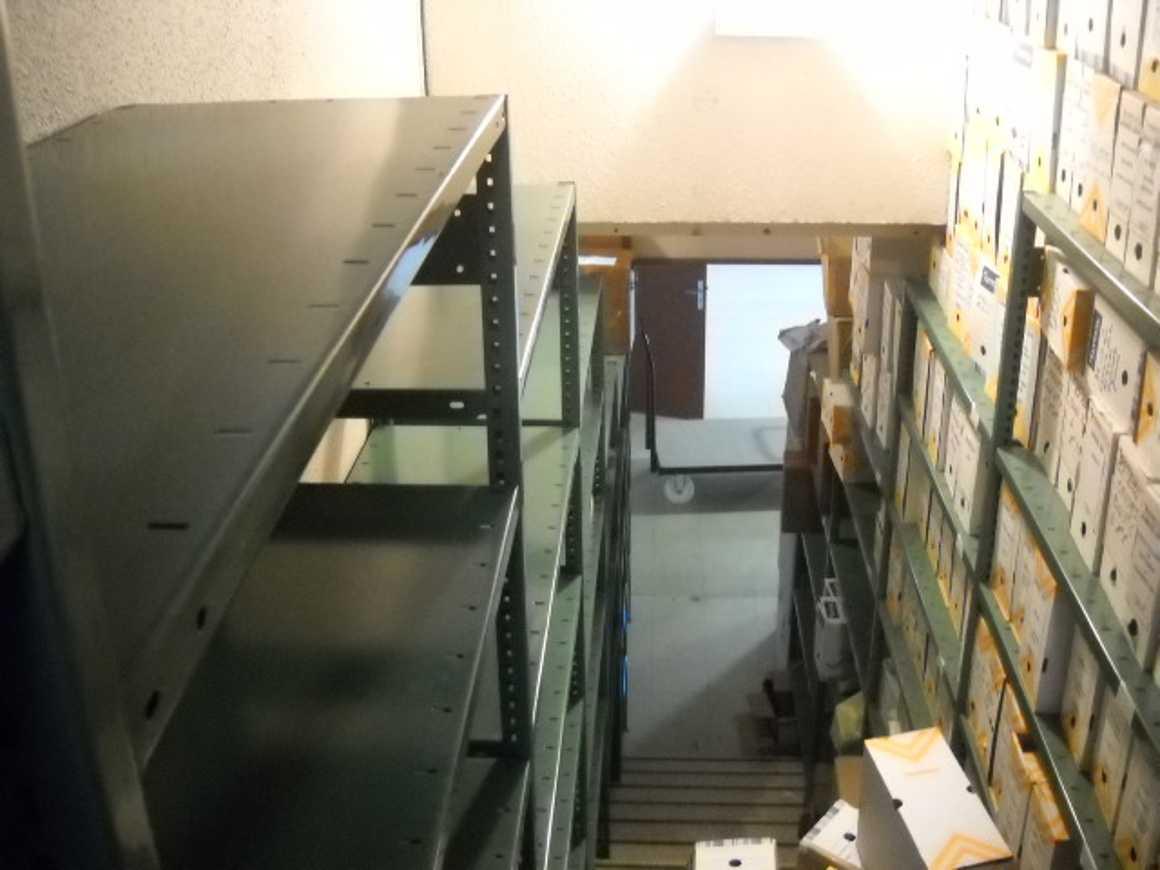 Bouleversement dans les archives du lycée dscn30001
