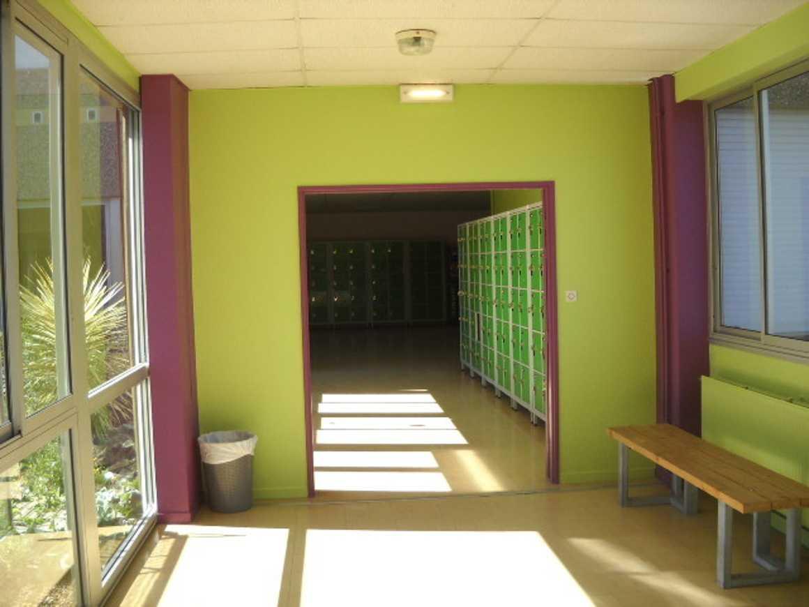 A propos des couleurs des couloirs par Valérie Sibiril 0