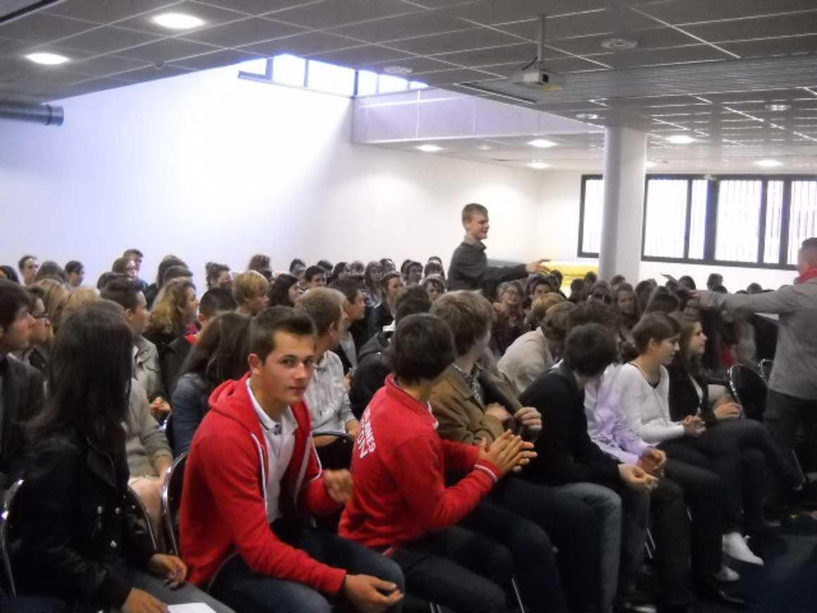 Sections Euro : Remise de diplômes classeseuro14sept.2012002