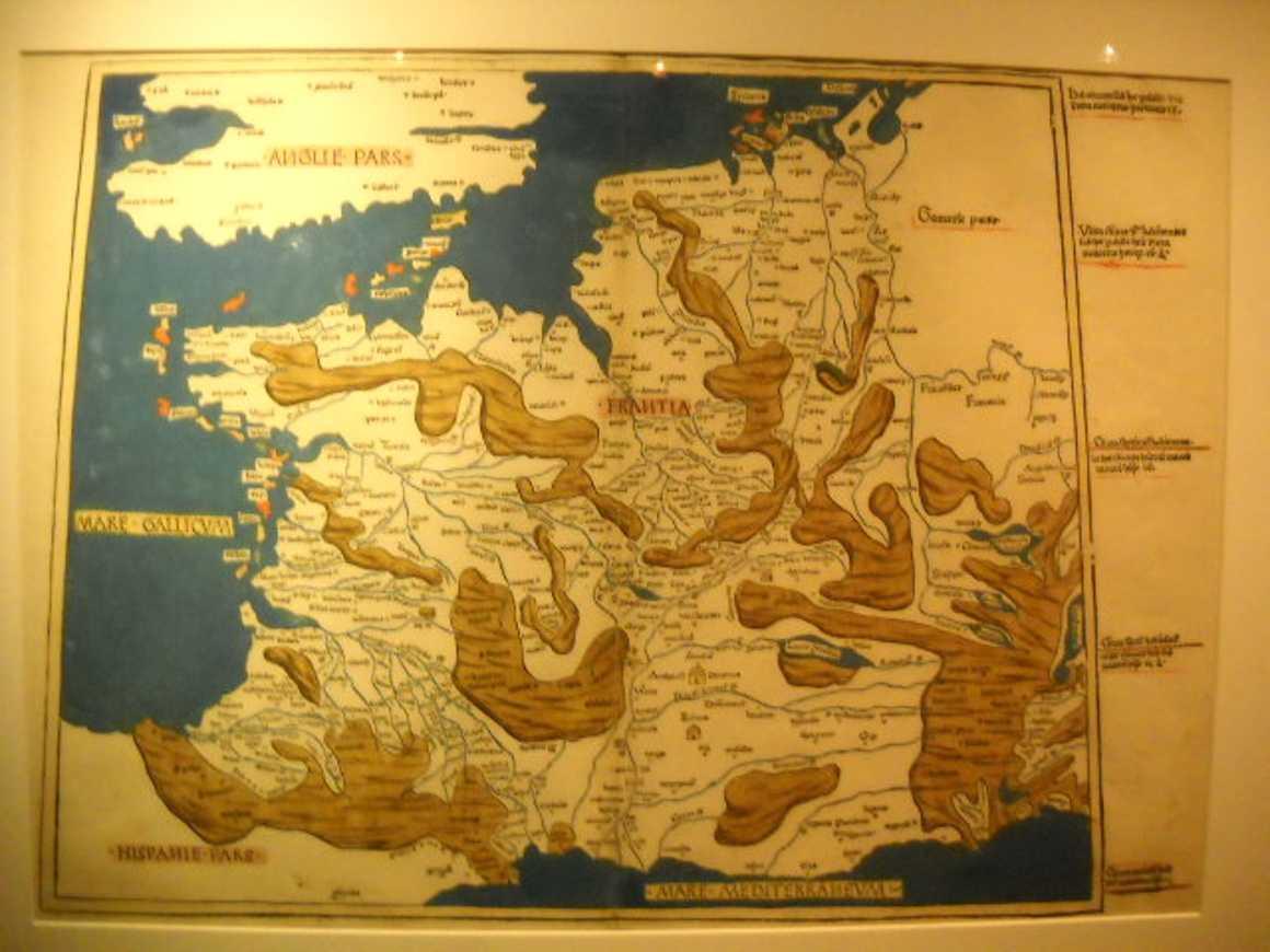 Les TS découvrent le monde fabuleux de la cartographie dscn30681