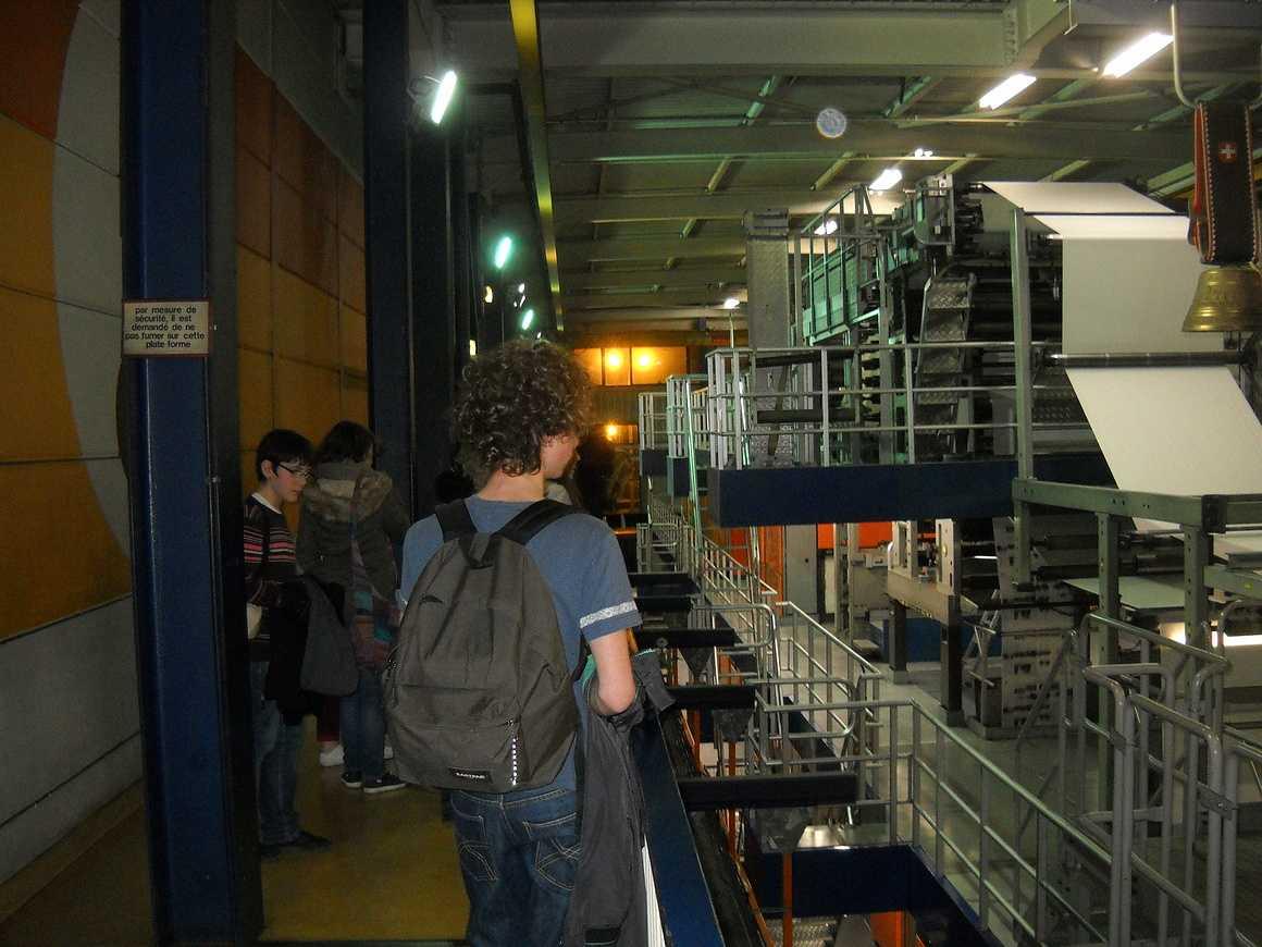 Des élèves de seconde et de terminale ont visité l''imprimerie de Ouest France dscn3486