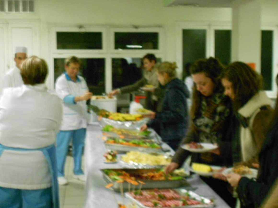 Une soirée enflammée à l''internat soireeinternatnoel2012008