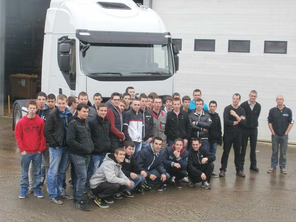 Les VI ont découvert et accueilli de nouveaux camions 0