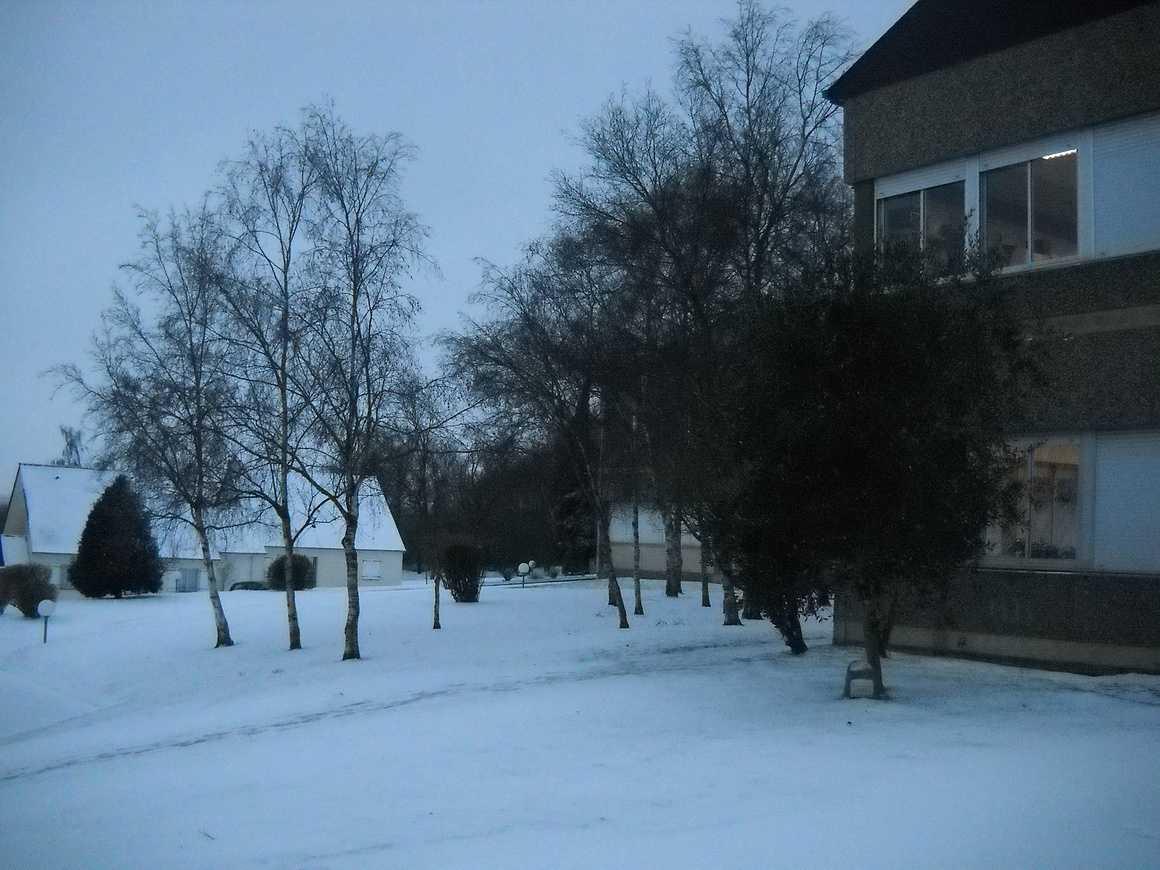 Le lycée sous la neige dscn3660