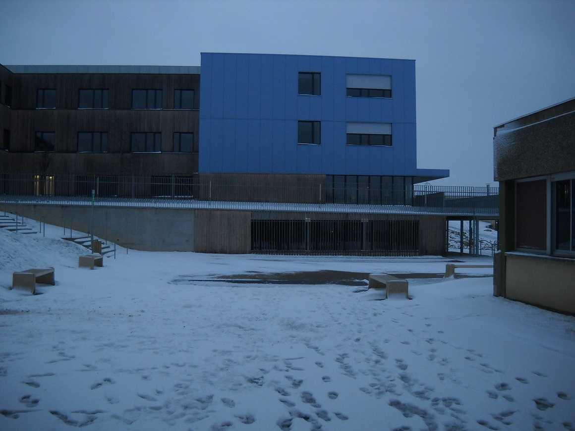 Le lycée sous la neige dscn3661