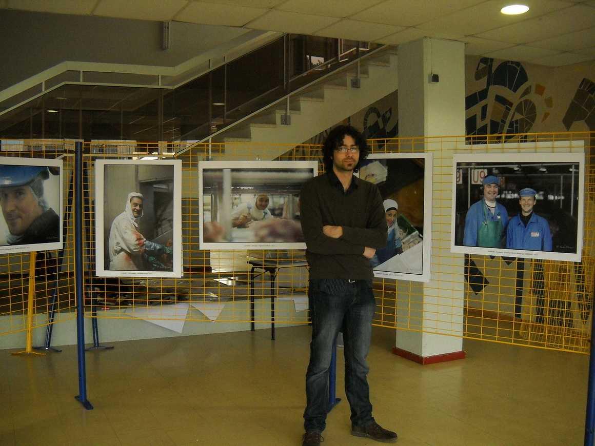 Les employés de la Cooperl photographiés par Sacha Drouart dans l''Agora 0