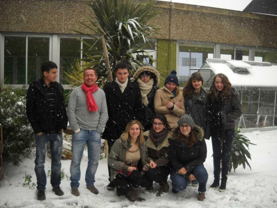 Le lycée de nouveau sous la neige : reportage photo dscn3862